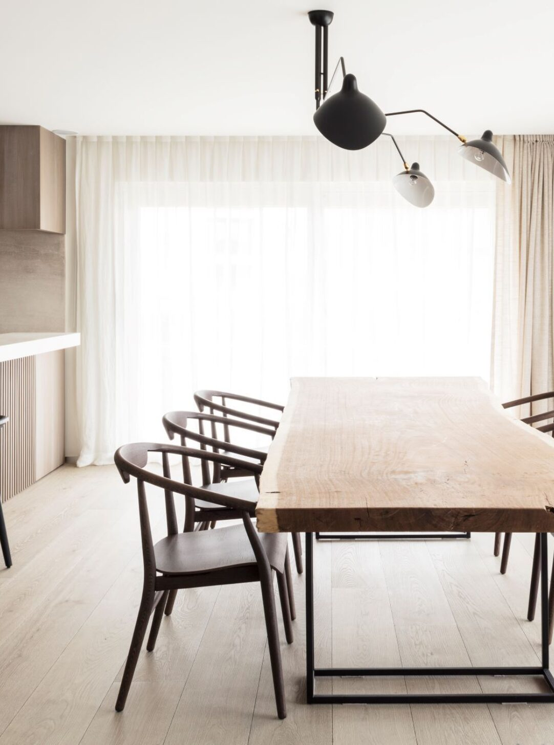 LONDON BLOOMSBURY with dining table