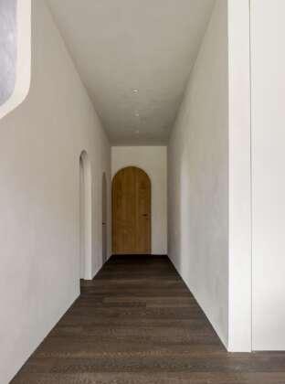 LONDON HIGHGATE hallway