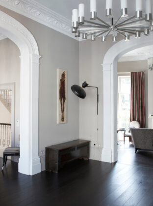 Oak Landmark Barrington black floor throughout appartment landscape