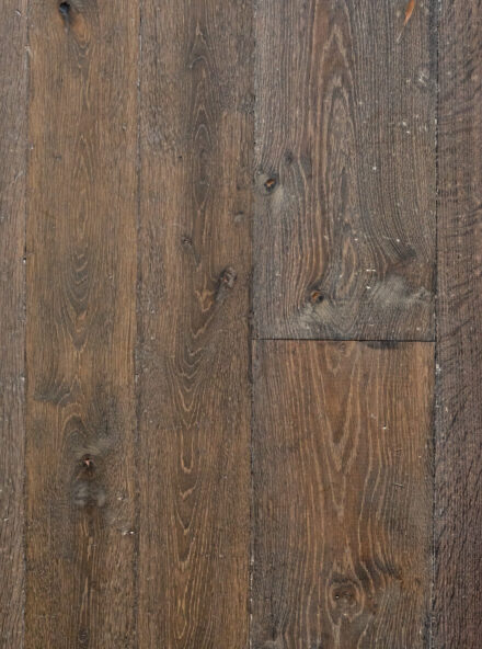 Engineered oak flooring landmark scotney in reclaimed finish and mixed width