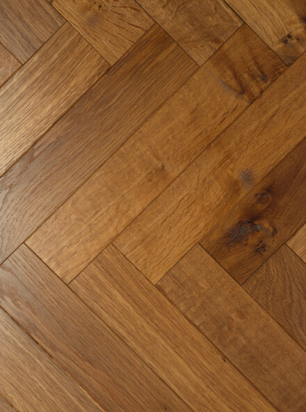 Oak landmark dalton herringbone side view