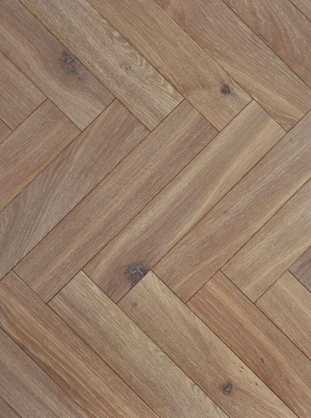 Light oak flooring strata glen herringbone