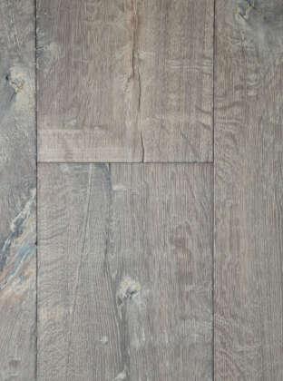 Oak crown tudor plank