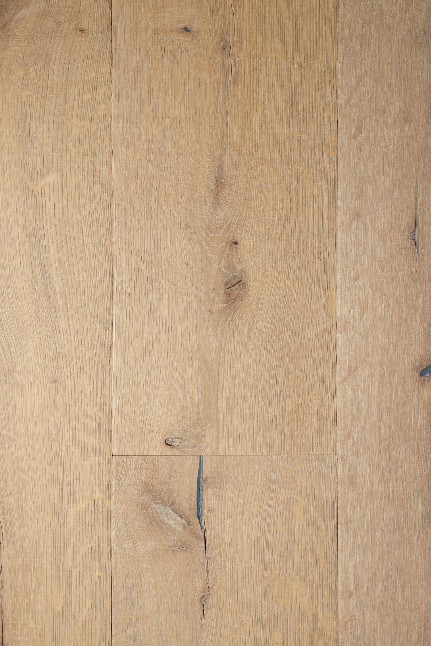 Oak heritage spire plank